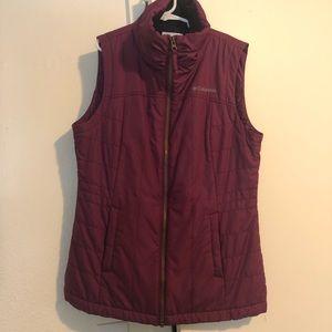 Columbia magenta fleece vest